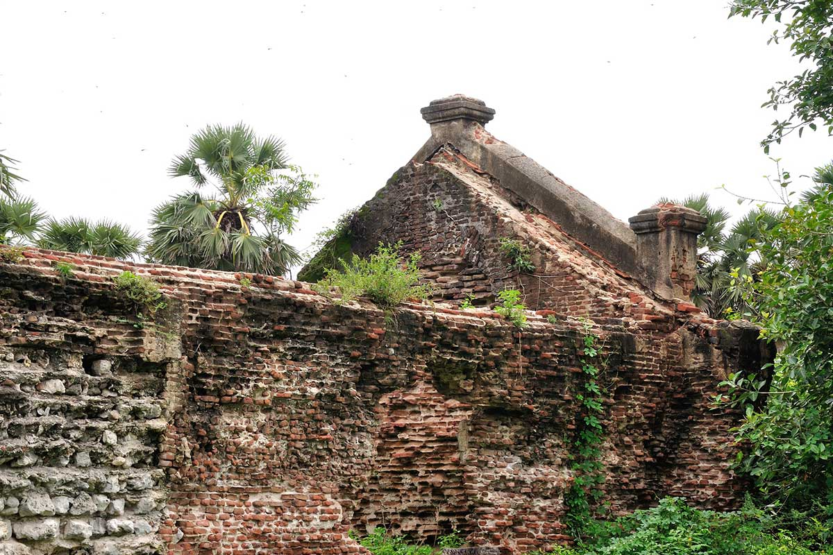 Arippu Fort Ruins in Mannar Sri Lanka near Palmyrah House