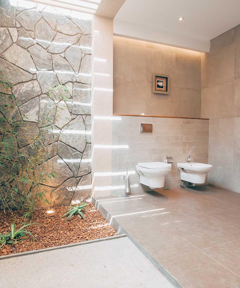 Bathroom Amenities at Palmyrah House Mannar